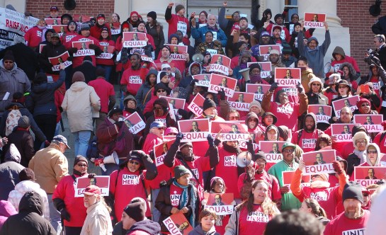 Unite Here rally for BWI workers in Annapolis, MD. Image: United Workers via Flickr (CC BY 2.0)